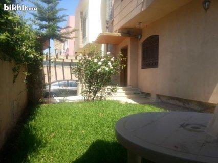 villa de 270M2 a vendre a bouskoura