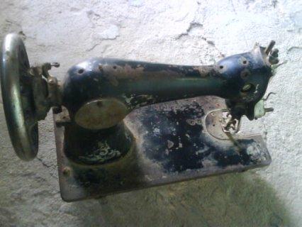 آلة الخياطة WERTHEIM.قديمة للبيع