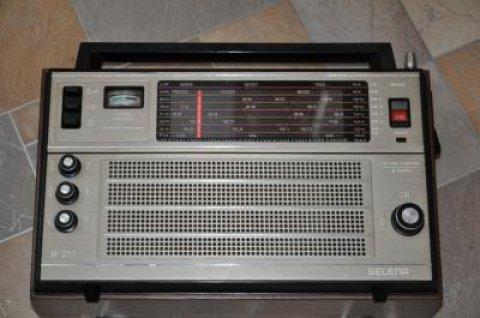 radio selena b-217
