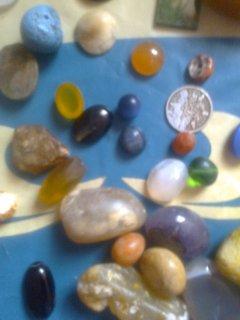 مجموعة أحجار كريمة