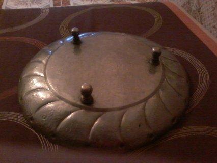 سينية قديمة مصنوعة من الفضه مكان صنع أردن