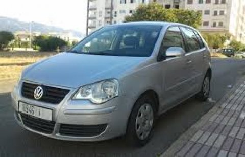 Volkswagen Golf, 3amra fiha Airbag et clima jwant almiyom