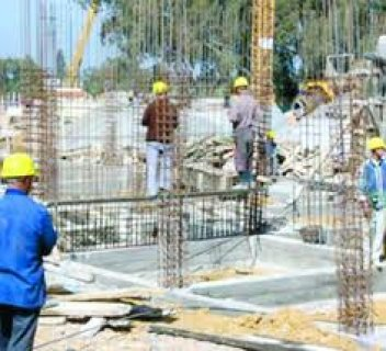 عقود عمل للحرفيين بالإمارات العربية و قطر