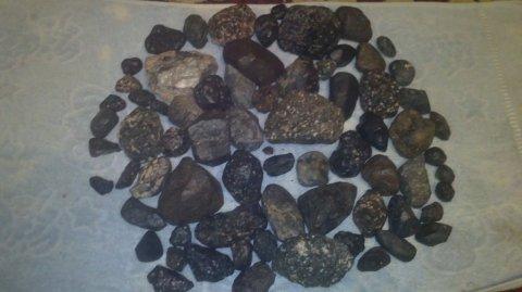 احجار نيزك متنوعة