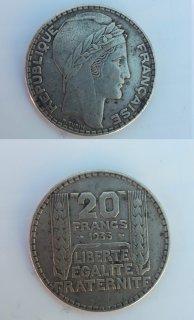 عملات نقدية فرنسية قديمة