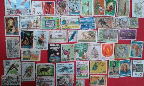 + de 300 timbres ancien