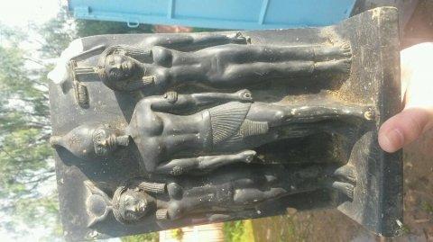 تمثال فرعوني نادر