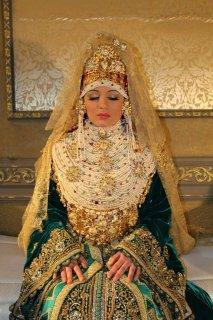 مغربية جادة في موضوع الزواج احب اكون ست بيت