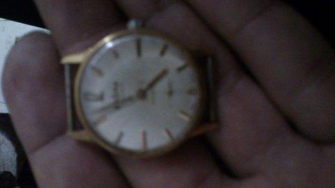 ساعة قديمة دوغما 17