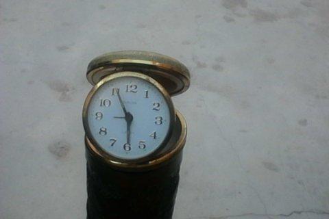 ساعة قديمة جدا صنع آلمانيا في حالة جيدة للبيع