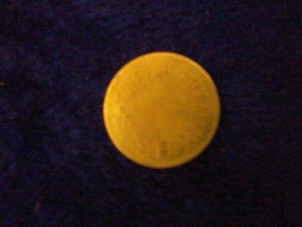 ميدالية نادرة و قديمة من الذهب