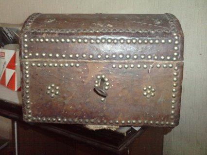 صندوق اثري قديم
