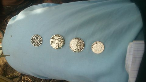 قطع نقدية فضية عزيز