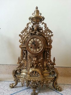 ساعة قديمة لبيع
