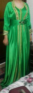 بيع ملابس مغربية تقليدية