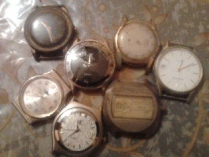 ساعات قديمة للبيع في تزنيت