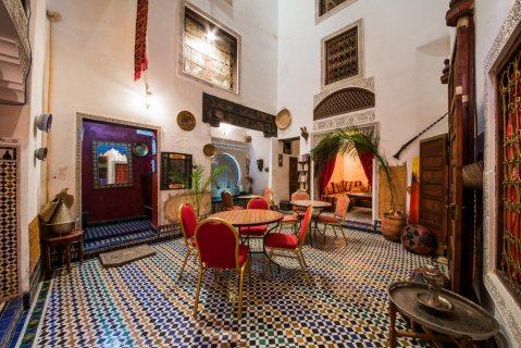 غرف مفروشة للايجار اليومي رياض طامو فاس المغرب