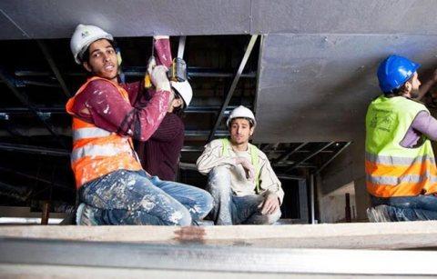 للاستقدام حرفيون و عمالة عادية من المغرب لجميع المجالات و من الجنسين