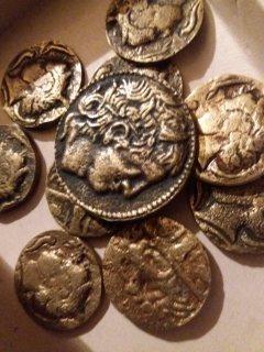 للبيع بالاسكندريةمصر مجموعة عملات فارسيةقديمة