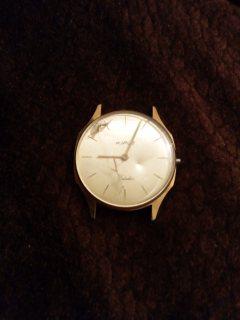 بيع ساعات قديمة