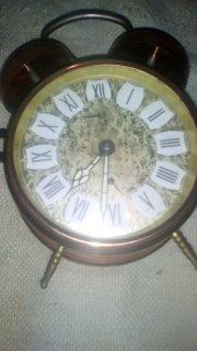 ساعة نفيسة