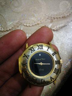 ساعة يدوية