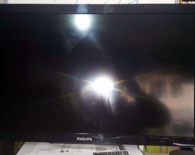 2 تلفاز فيلبس 32 مستعمل lcd حالة جيدة