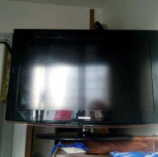 تلفاز من نوع سامسونج