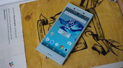 Sony Xperia X Compact 4G l 32Go ROM l 3Go RAM