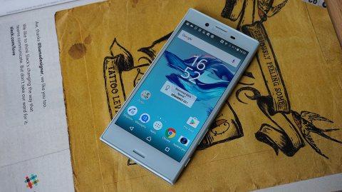 Sony Xperia X Compact 4G l 32Go ROM l 3Go RAM