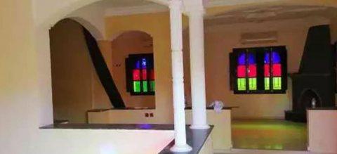 Villa à usage commercial à louer longue durée:Marrakech
