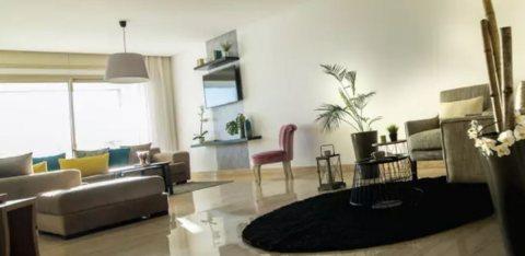 Bel appartement en plein boulevard Moulay Youssef