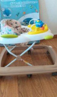 trotteur bébé بحالة جيدة للبيع