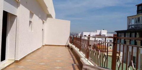 Charmant appartement avec terrasse vue mer