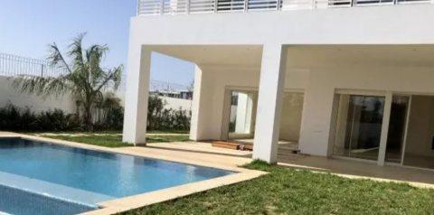 Très belle villa moderne neuve à louer à Rabat
