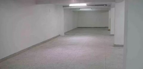 DV.295 : Local commercial de 1190 m², Bd Oum Rabïi :