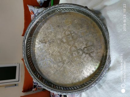 صينية من الفضة