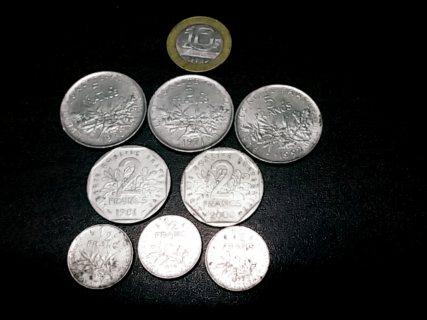 قطع نقدية فرنسية قديمة في حالة جيدة