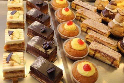 مطلوب شيف تخصص حلويات غربية للعمل بسلسلة مطاعم بالسعودية