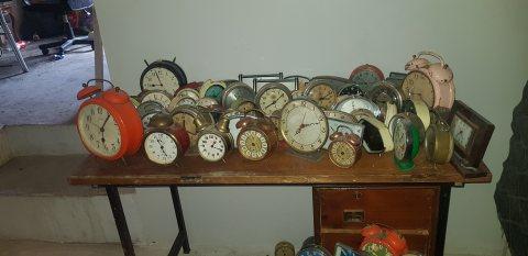 ساعات قديمةللبيع