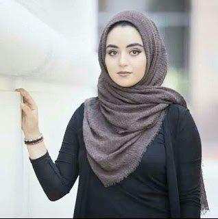 مغربية متحجبة جميلة