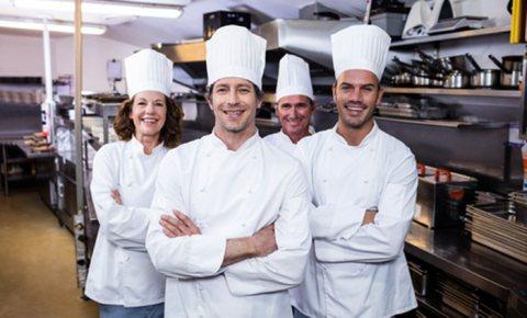 شركة الخليج جوب توفر اصطاف من كوادر المطاعم والفنادق