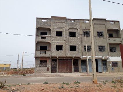 دار غيرمكتملة بحي تجزئة العرسة بالطريق الدار البيضاء