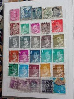 طوابع بريدية للعديد من الدول