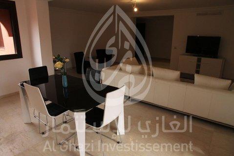 شقة مفروشة للبيع بحي جليز مراكش/130متر، الطابق الخامس