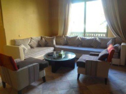 شقة لايجار العطلات بالنخيل مراكش على مساحة 120 متر مربع