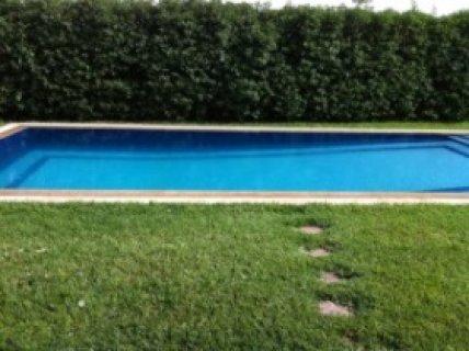 فيلا فاخرة مفروشة بالنخيل، مراكش: 4 غرف/حمام سباحة/