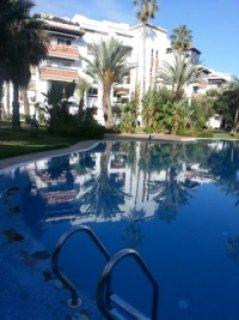 شقة جميلة لايجار العطلات بمارينا, اغادير: غرفتين و صالة