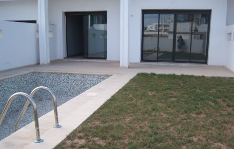 فيل  راقية للبيع في بوسكورة، الدار البيضاء: 275 متر مربع