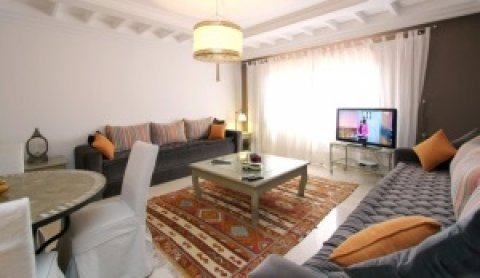شقة لايجار العطلات  بمراكش جليز : غرفتين و صالة
